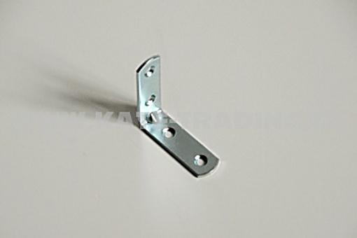 Úhelník kovový 40x40 šíře15 mm