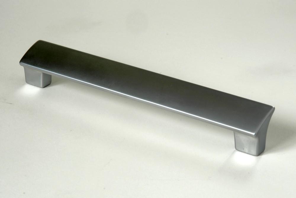 Úchytky a madla, rozteč 160 mm matný chrom (1)