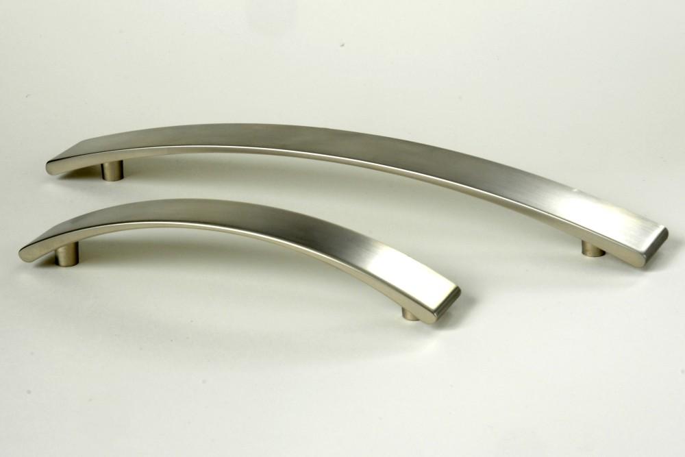 Úchytky a madla - rozteč 128 mm broušený nikl(1)