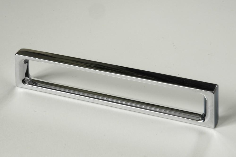 Úchytky a madla - rozteč 192 mm chrom (1)