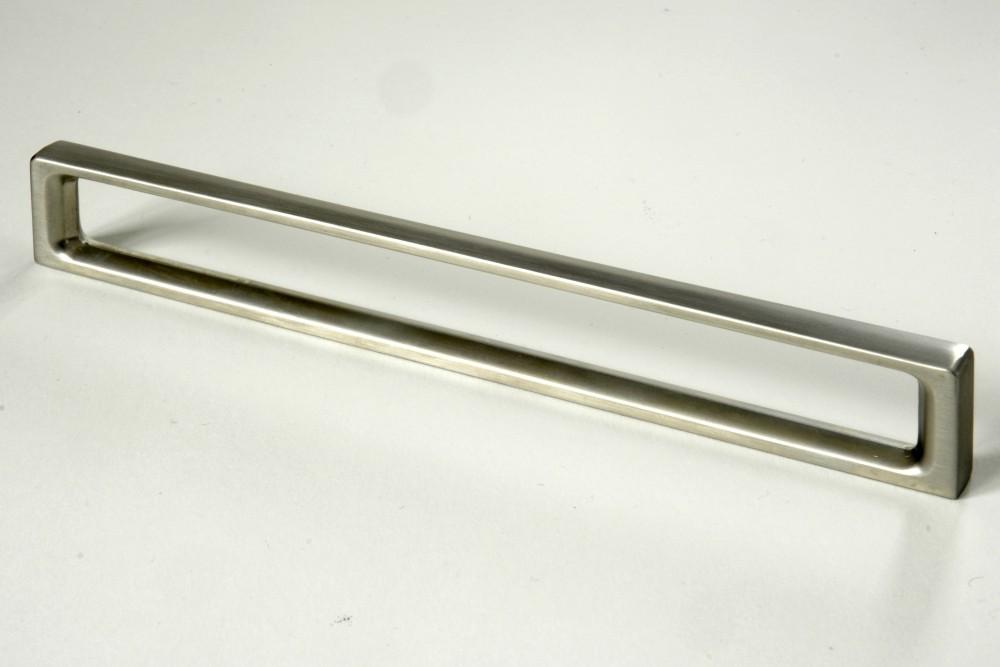 Úchytky a madla - rozteč 128 mm nerez (1)