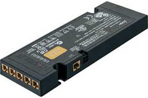 833.74.913 LED Netzt.12V/0-60W m.EU-Stecker